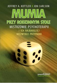 Promocja: Mumia przy rodzinnym stole
